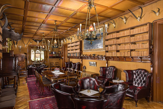 Biblioteket på Bårdshaug Herregård