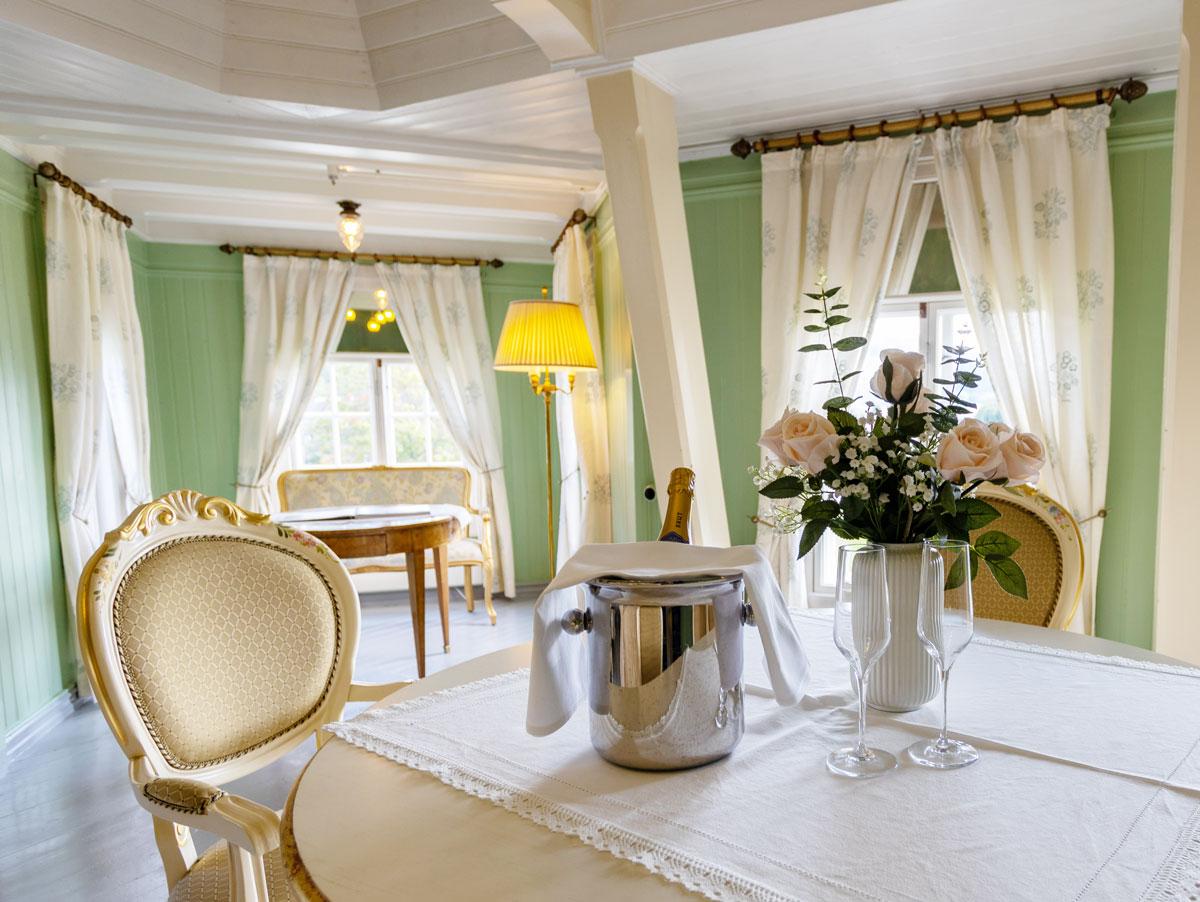 Baronessens værelse 307