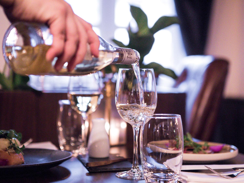 Servering restaurant Ministeren